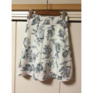 MERCURYDUO - MERCURYDUO  花柄ミニスカート