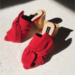 ハニーミーハニー(Honey mi Honey)の【1度のみの着用】ハニーミーハニー ribbon sandal red(サンダル)