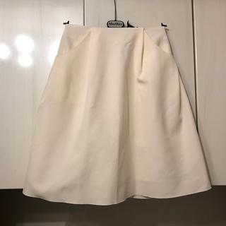 フォクシー(FOXEY)の美品 フォクシー FOXEY NEWYORK スカート イリプスフレアー 38(ひざ丈スカート)