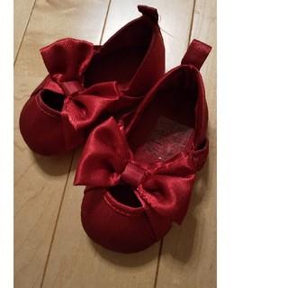 エイチアンドエム(H&M)のH&M?赤い靴リボン アメリカサイズ18~19(フラットシューズ)