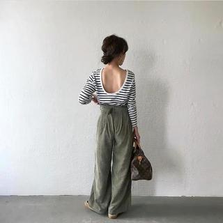 reo様専用   mite♡ バックオープンボーダーtee(Tシャツ(長袖/七分))