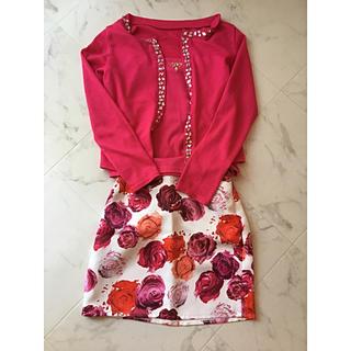 スニープディップ(Sneep Dip)の花柄 タイトスカート 美品 おまけ付き(ミニスカート)