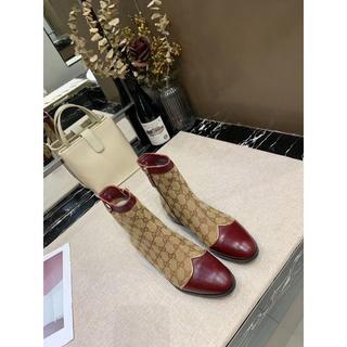 グッチ(Gucci)のGucci❤️女性の新しい繊細なブーツ23.5 CM (ブーツ)