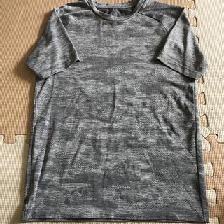 ユニクロ(UNIQLO)のTシャツ(ウェア)