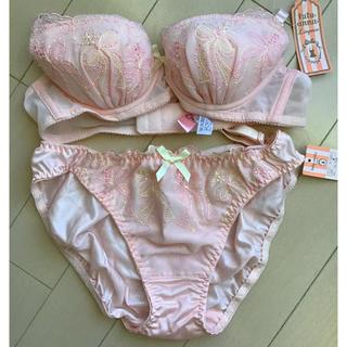 チュチュアンナ(tutuanna)のチュチュアンナ tutuanna ピンク色 下着 上下セット(ブラ&ショーツセット)