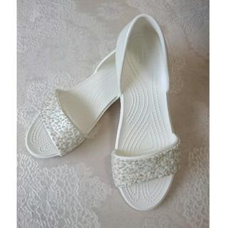 クロックス(crocs)のクロックス 白 ホワイト サンダル 26cm ペタンコ(サンダル)
