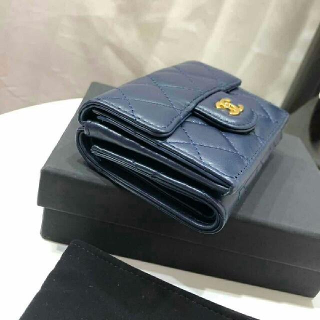 CHANEL - 【新品】海外CHANELノベルティ コインケース 財布の通販 by ミオハ's shop|シャネルならラクマ