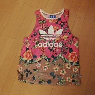 アディダス(adidas)のアディダスオリジナルスLファームコラボタンク花柄(Tシャツ/カットソー(半袖/袖なし))