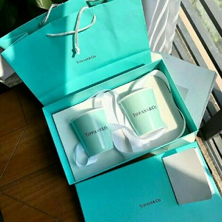 Tiffany & Co. - TIFFANY & Co. 紙コップ風カップ 2個セット