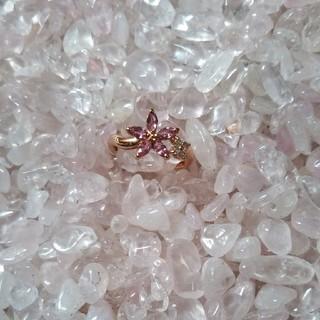 ジュエリーツツミ(JEWELRY TSUTSUMI)のジュエリーツツミ ピンクサファイア&ダイヤK10(リング(指輪))