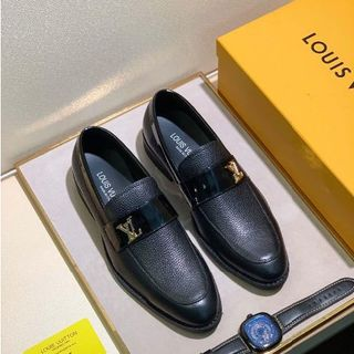 LOUIS VUITTON - 値下げ 新品  ルイヴィトン  メンズ 靴 スリッポン