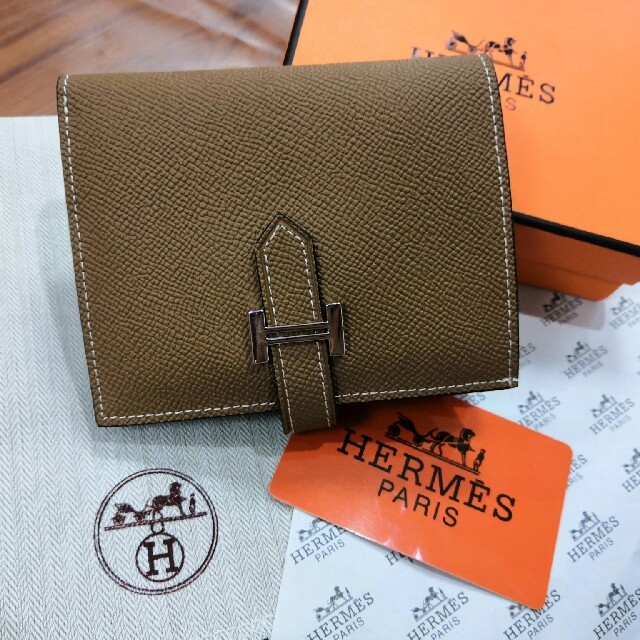 iwc 時計 価格 スーパー コピー - 折り 美品 財布 二つたたみ エルメス 高品質 男女兼用 の通販 by 達太郎🖌🖌🔹🔸🔷's shop|ラクマ