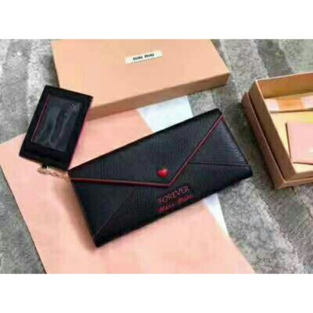 ロエベ バッグ 男性 スーパー コピー - miumiu - miumiu長財布 の通販 by ニヒミ's shop|ミュウミュウならラクマ