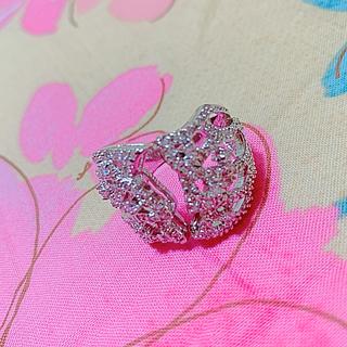 19号 チューリップの花弁に包まれるデザインのゆびわ(リング(指輪))