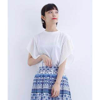 メルロー(merlot)の新品タグ付き未開封 merlot シアープリーツ袖カットソー1532(カットソー(半袖/袖なし))