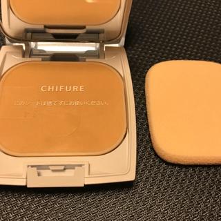 チフレケショウヒン(ちふれ化粧品)のファンデーションのみ ちふれ UV バイ ケーキ 33 オークル系(ファンデーション)