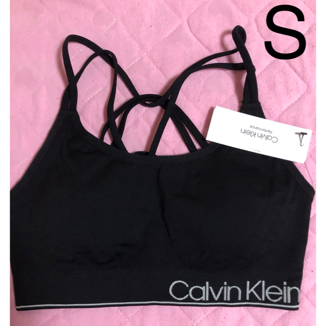 Calvin Klein(カルバンクライン)のカルバンクライン パット付きスポーツブラ 黒 S レディースの下着/アンダーウェア(ブラ)の商品写真