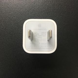 アイフォーン(iPhone)のiPhone純正アダプタ(変圧器/アダプター)