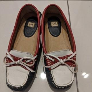 イング(ing)のフラットシューズ(ローファー/革靴)