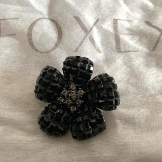 フォクシー(FOXEY)のFOXEYフォクシー定番ブローチ*ブラック♡美品(ブローチ/コサージュ)