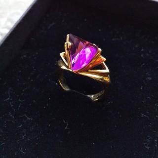 ☆新品未使用品☆アクセサリーリング オーストリアンクリスタル スワロフスキー 紫(リング(指輪))