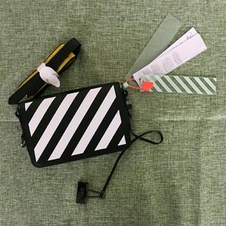 オフホワイト(OFF-WHITE)のsale  超美品 offwhite ショルダーバッグ(ショルダーバッグ)