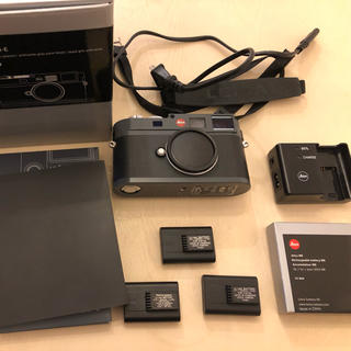 ライカ(LEICA)のライカ Leica M-E バッテリー付き CCDセンサー交換済み 良品 保証残(ミラーレス一眼)