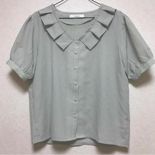 ロキエ(Lochie)のフリル  襟  ブラウス(シャツ/ブラウス(半袖/袖なし))