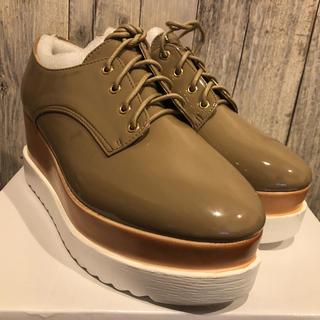 ナイスクラップ(NICE CLAUP)の【新品】NICE CLAUP 厚底シューズ(ローファー/革靴)