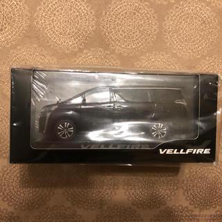 トヨタ(トヨタ)のトヨタ ヴェルファイア ミニカー 1/30 ダイキャスト製(模型/プラモデル)