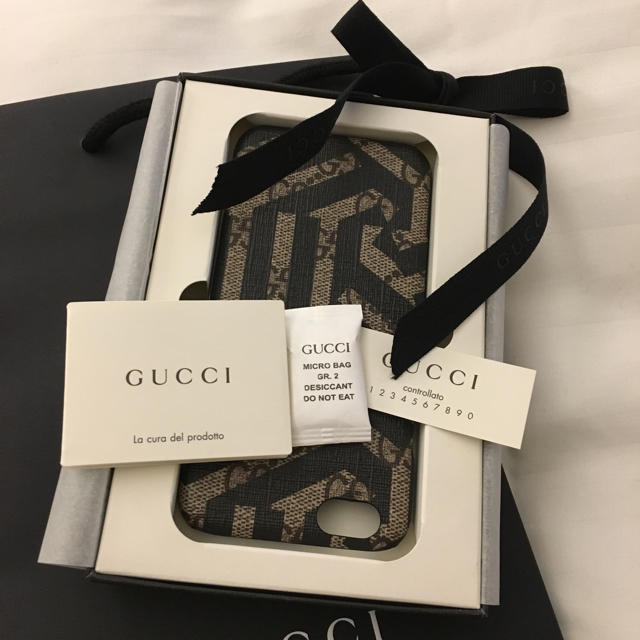 Gucci - 新品 GUCCI グッチ GG CALEIDO 携帯ケース iPhone 6の通販