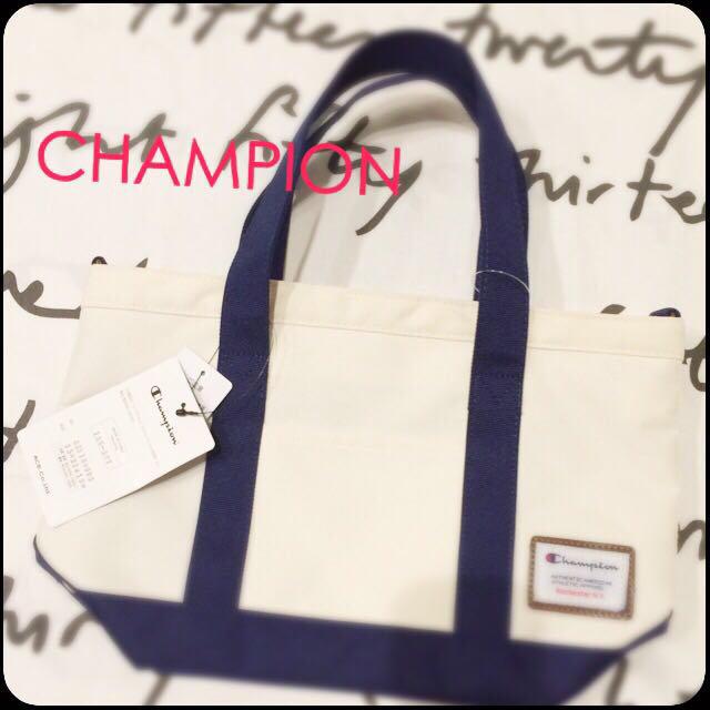 しまむら(シマムラ)の入手困難 チャンピオン ミニトート 新品 レディースのバッグ(トートバッグ)の商品写真