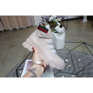 グッチ(Gucci)のGucci❤️女性に欠かせない多用途ブーツ24CM  (ブーツ)