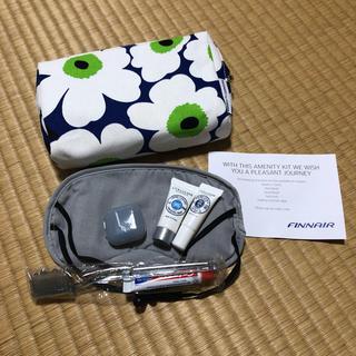マリメッコ(marimekko)のFinnair (旅行用品)