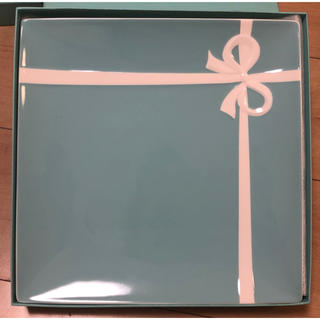 ティファニー(Tiffany & Co.)のティファニー  スクエア リボン お皿 (食器)