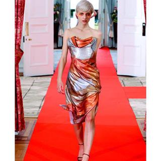 ヴィヴィアンウエストウッド(Vivienne Westwood)のVivienne Westwood コルセット付ドレス(ミディアムドレス)