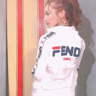 フェンディ(FENDI)のFENDIフェンディ明日花キララ着用スウェット(トレーナー/スウェット)