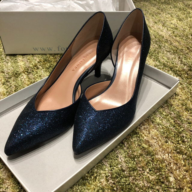vanitybeauty(バニティービューティー)の美品☆vanity beauty パンプス レディースの靴/シューズ(ハイヒール/パンプス)の商品写真