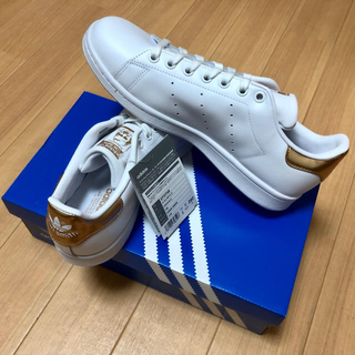 アディダス(adidas)の【レア】1足限定 26 希少カラー ゴールド スタンスミス ホワイト/ゴールド(スニーカー)