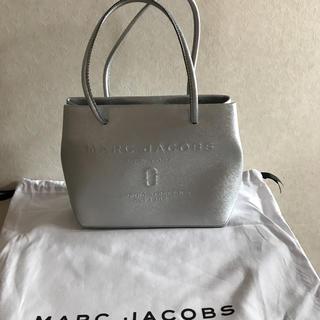 マークジェイコブス(MARC JACOBS)の入手困難。マークジェイコブス  ロゴショッパーレザートートバッグ(トートバッグ)