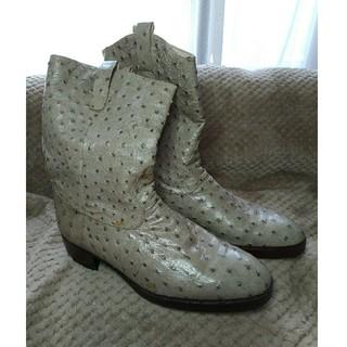 アルティオリ(ARTIOLI)のアルティオリArtioliオーストリッチショートブーツライトグレー7.5(ブーツ)