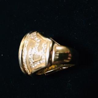 ジャンニヴェルサーチ(Gianni Versace)の超希少 ヴェルサーチ メデューサメダリオン ダイヤリング 18k 750 ver(リング(指輪))