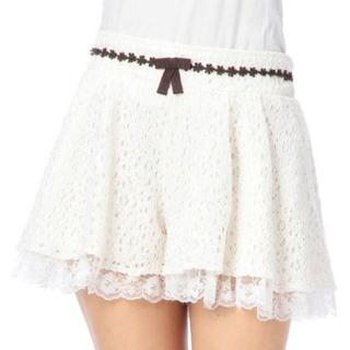 リズリサ(LIZ LISA)のLIZ LISA☆新品♪Tralala花柄カットワークレース配色フレアキュロット(キュロット)