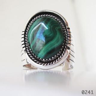 リング シルバー インディアンジュエリー 孔雀石 マラカイト 天然石 純銀24号(リング(指輪))