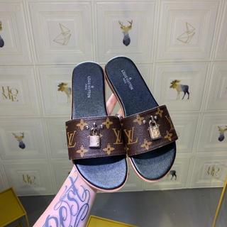 ルイヴィトン(LOUIS VUITTON)のLOUIS VUITTON  靴/シューズ サンダル パンプス  サイズ36(サンダル)