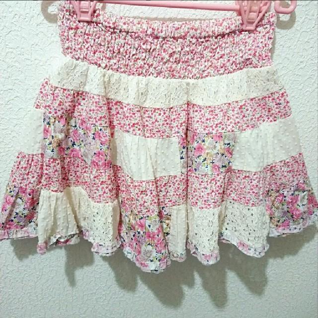 Avail(アベイル)のAvail 花柄 パッチワーク スカート♥️M しまむら ハニーズ レディースのスカート(ミニスカート)の商品写真
