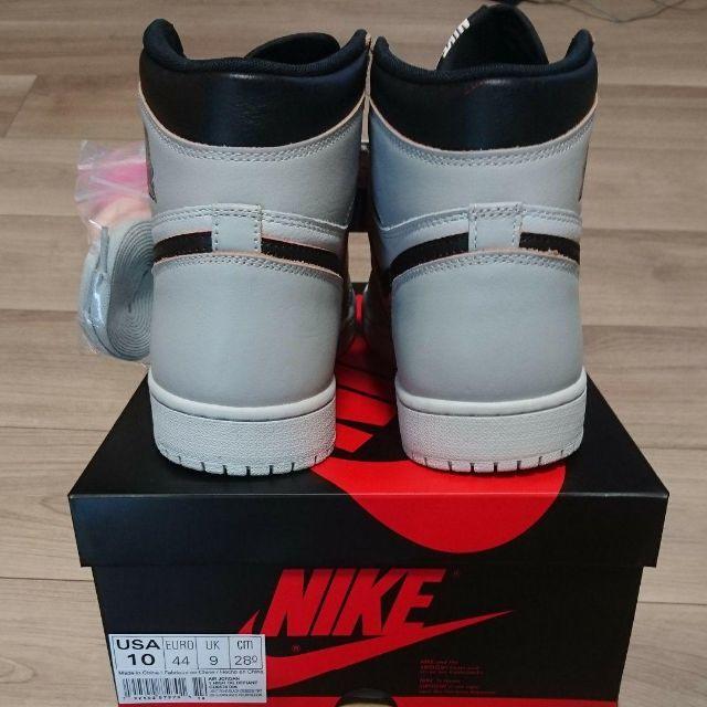 NIKE(ナイキ)の【28.0㎝・送料込】ナイキ エアジョーダン1レトロ ハイ OG メンズの靴/シューズ(スニーカー)の商品写真