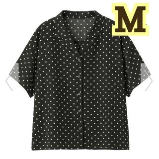 ジーユー(GU)の新品!GU★完売品!ドットオープンカラーシャツ(半袖)/黒M(シャツ/ブラウス(半袖/袖なし))