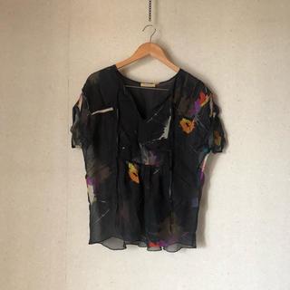 ローズバッド(ROSE BUD)のROSE BUD トップス カットソー(カットソー(半袖/袖なし))