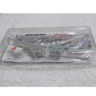 ジャル(ニホンコウクウ)(JAL(日本航空))のJALおもちゃ飛行機2機(模型/プラモデル)